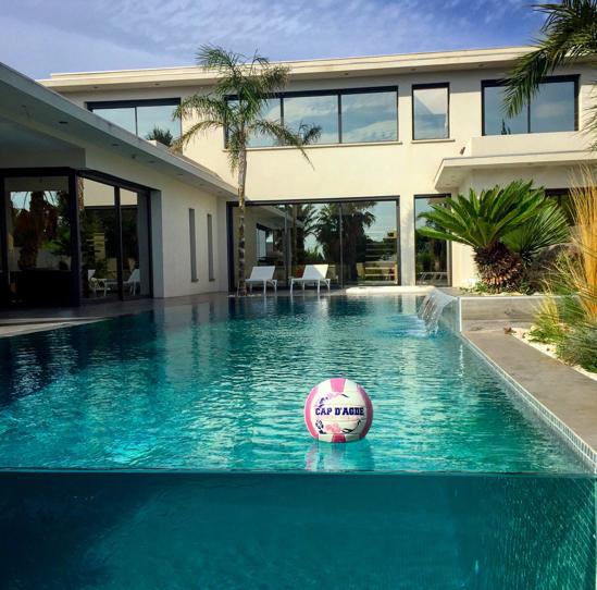 Perez piscine desing moderne traditionnelle agde sete meze beziers pezenas - Pezenas piscine ...